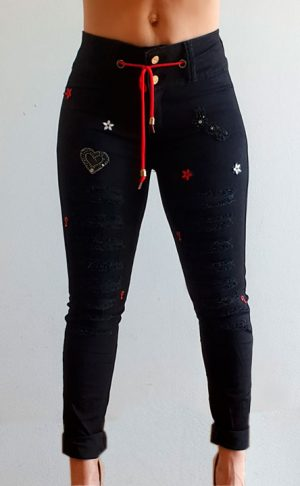 Vaquero negro con cordón rojo